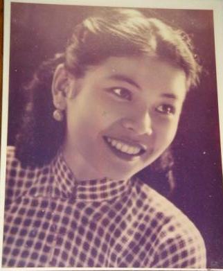 Khuc Minh Tho, age 16